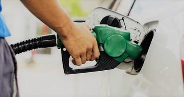 Эксперты объясняют: заправляться моторным бензином 95 или 98?