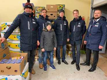 Amserv передал на время праздников Продуктовому банку 17 автоэкипажей и поддерживает нуждающихся пожертвованием